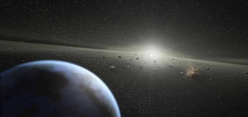 Asteroid_Belt_Around_Sun_Sized_Star