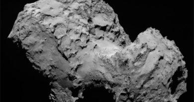 Vídeo: Cometa Churyumov-Gerasimenko (67p) em imagens impressionantes